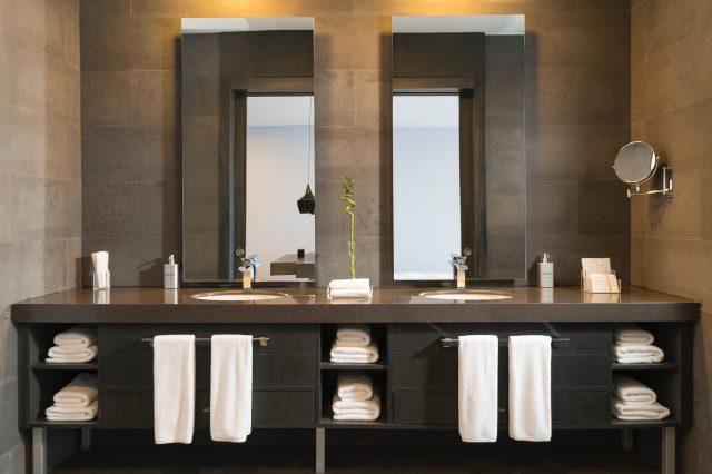 architecture-bath-towels-bathroom-2507016